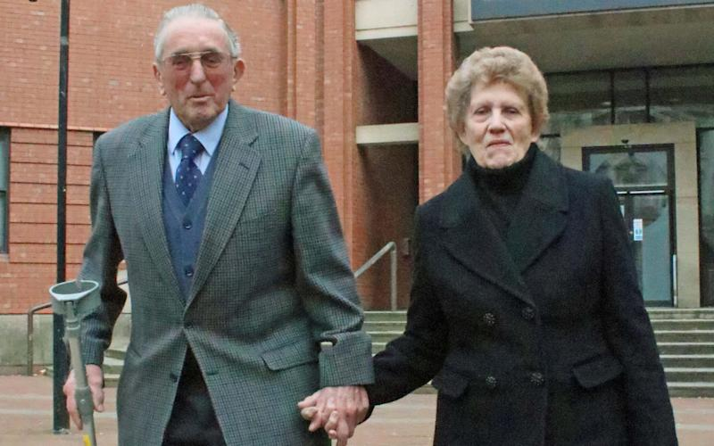 Kenneth Hugill, 83, with his wife Sheila after he was cleared of shooting a burglar - HULL NEWS @ PICTURES