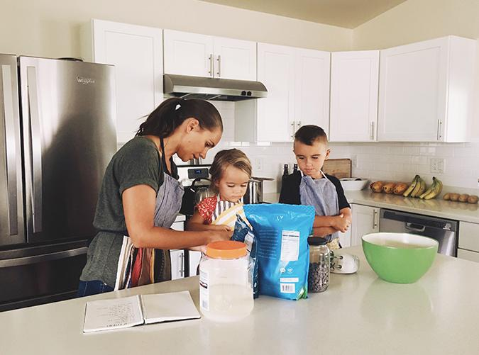 "<p>Might we recommend one of these <a href=""https://www.purewow.com/food/20-minute-kid-friendly-dinner-recipes"" target=""_blank"">kid-friendly recipes</a>?</p>"