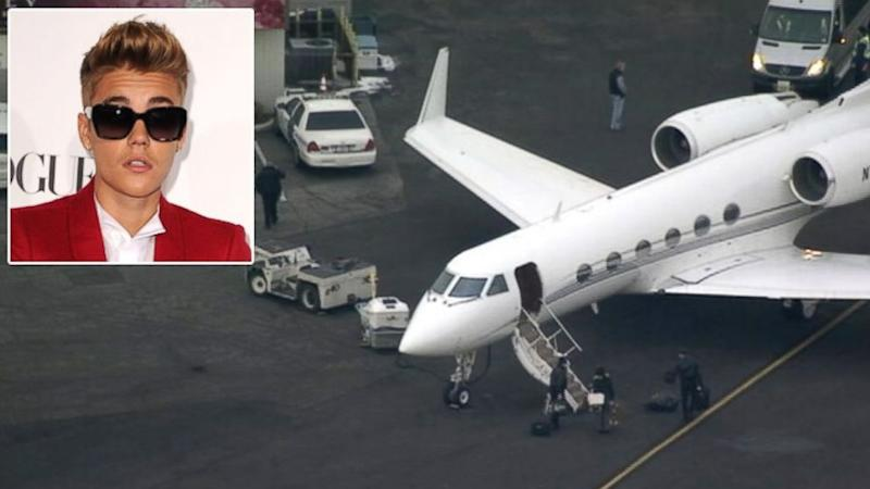Justin Bieber Cleared to Enter US After Plane Held (ABC News)