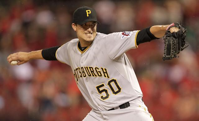 Pittsburgh Pirates starting pitcher Charlie Morton (50) sets to deliver a pitch in the first inning of a baseball game against the St. Louis Cardinals, Monday, July 7, 2014 in St. Louis. (AP Photo/Tom Gannam)