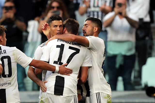 Cristiano Ronaldo and Mario Mandzukic combined for two Juventus goals against Napoli. (Getty)