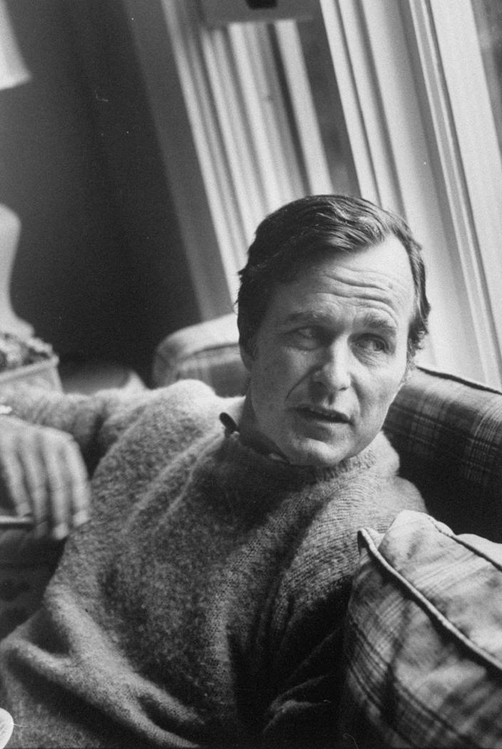 <p>George H. W. Bush relaxing at his summer home in Kennebunkport, Maine in 1974.</p>