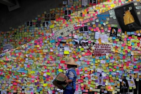 Imagine all the Post-its: Hong Kong protesters come together with 'Lennon Walls'