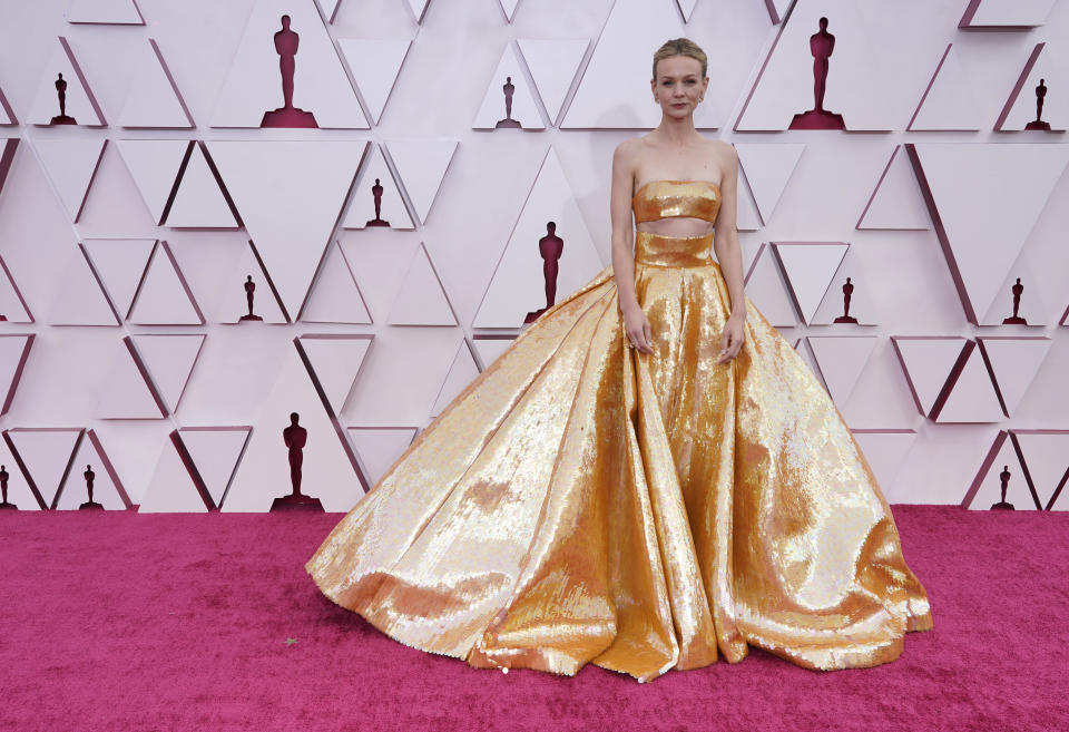 Carey Mulligan arrives at the Oscars on Sunday, April 25, 2021, at Union Station in Los Angeles. (AP Photo/Chris Pizzello, Pool)