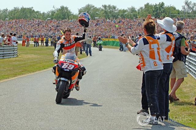 "Nicky Hayden <span class=""copyright"">Gold and Goose / Motorsport Images</span>"