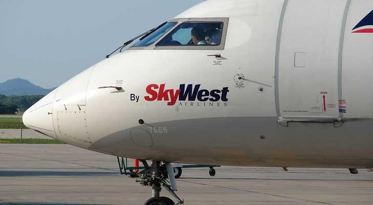 Best Airline Stocks to Buy: Skywest (SKYW)