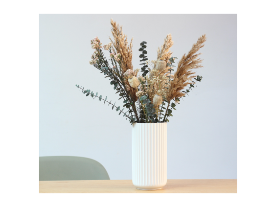 Go neutral with these waste-reducing dried blooms (Shida)