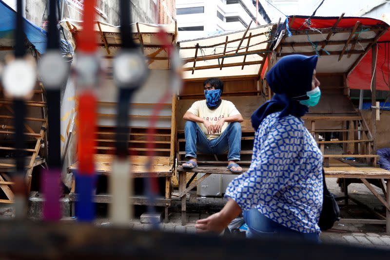 Indonesia first-quarter GDP growth slumps to weakest since 2001