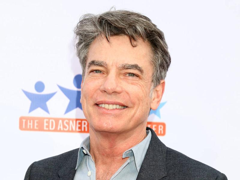 Peter Gallagher keeps in touch with The O.C. cast