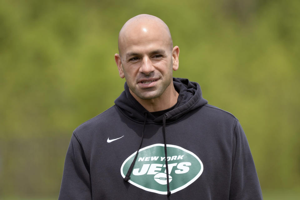 New York Jets coach Robert Saleh looks on during NFL football rookie camp, Friday, May 7, 2021, in Florham Park, N.J.(AP Photo/Bill Kostroun)