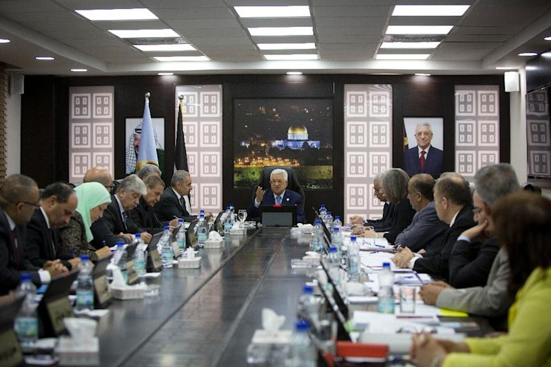 Palestinian president Mahmud Abbas speaks during the weekly cabinet meeting in the occupied West Bank city of Ramallah (AFP Photo/Majdi Mohammed)