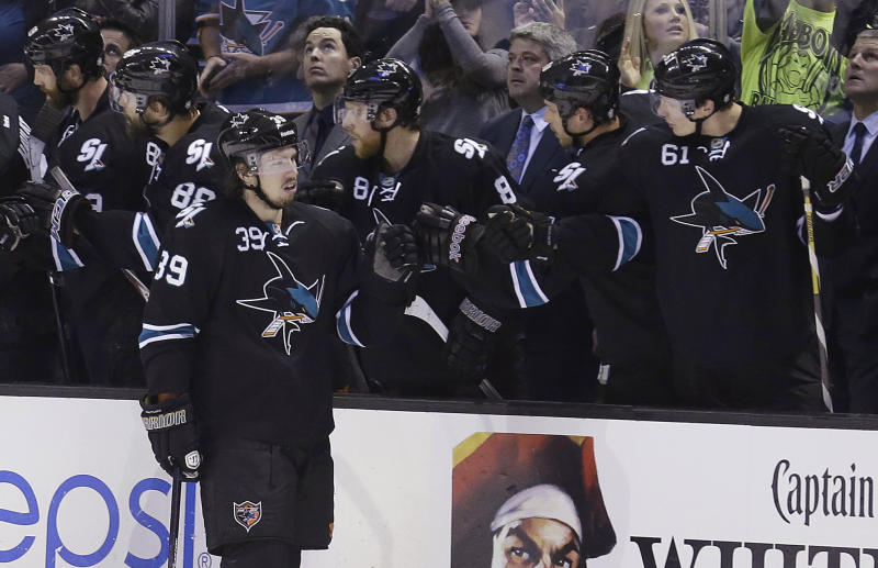 Sharks beat Kings 2-1 in possible playoff preview
