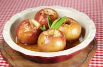 """<p>Jonagold apples are ideal for cooking and can be baked or used in pies, cakes and tarts. Their flavor also lends itself nicely to jams and sauces as well as being <a href=""""https://www.thedailymeal.com/recipes/vanilla-glazed-roasted-squash-and-apples-recipe?referrer=yahoo&category=beauty_food&include_utm=1&utm_medium=referral&utm_source=yahoo&utm_campaign=feed"""" rel=""""nofollow noopener"""" target=""""_blank"""" data-ylk=""""slk:roasted along with vegetables"""" class=""""link rapid-noclick-resp"""">roasted along with vegetables</a>.</p>"""
