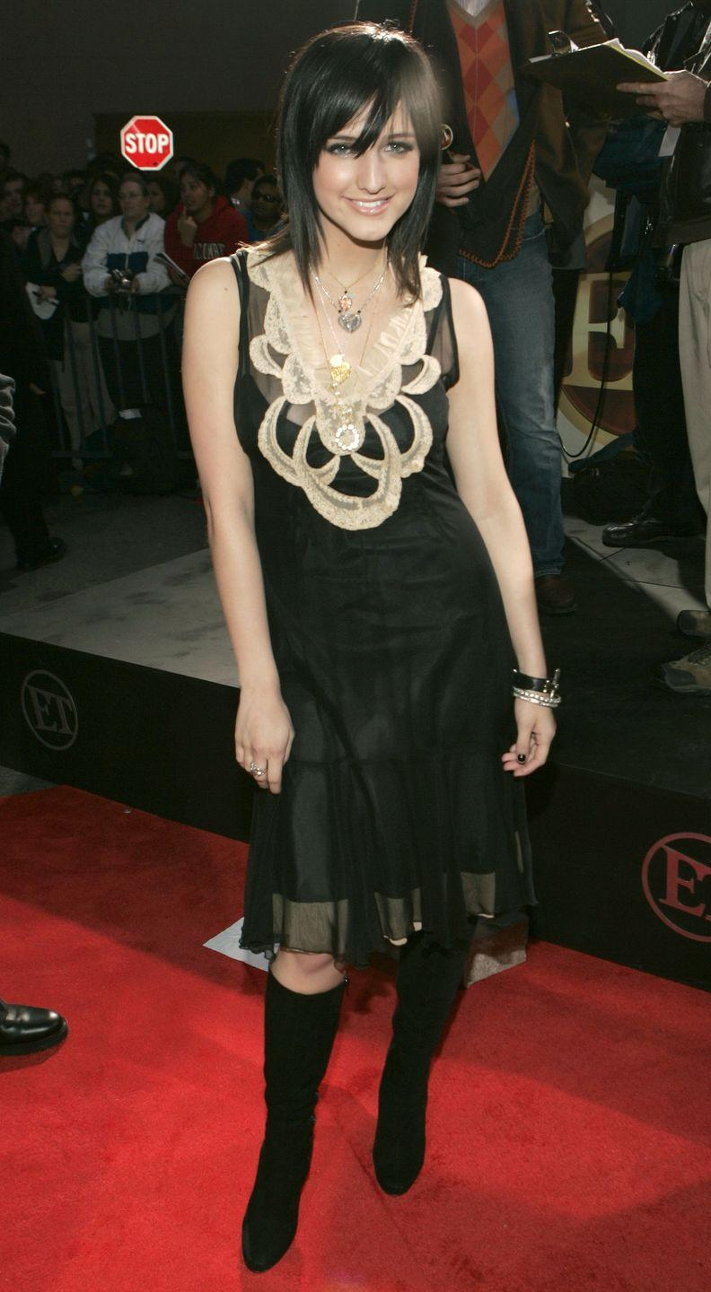 <p>Following in the steps of her big sis Jessica, Ashlee rocked out on a reality show of her own, <em>The Ashlee Simpson Show </em>(2003-2004)<em>. </em>Here, the starlet rocks an edgy-ish little black dress, a stark contrast to what her bubblegum pop princess of a sister wore back in the day.</p>