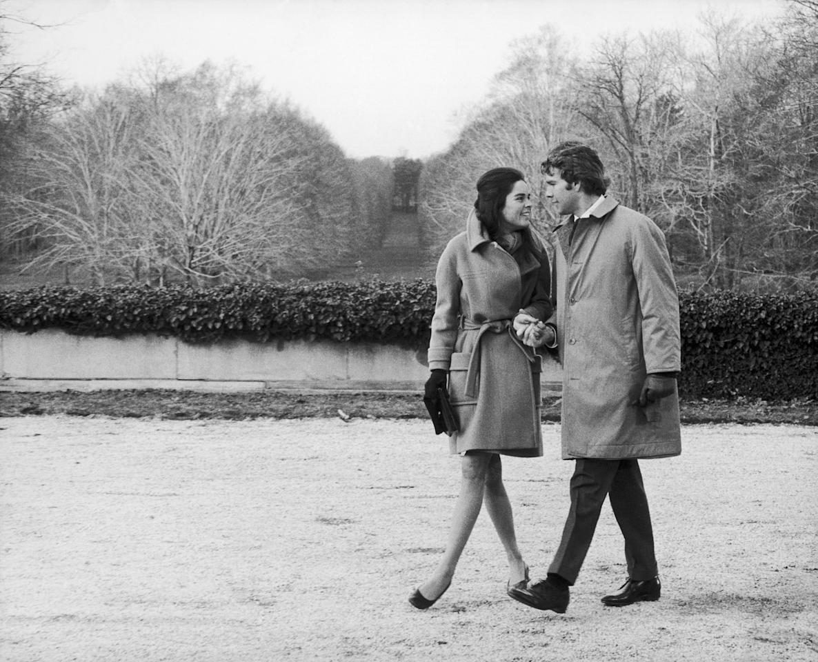 <p>This tearjerker stars Ryan O'Neal as a wealthy Harvard undergrad and Ali MacGraw as a working-class Radcliffe student who fall in love and marry despite their parents' wishes. The story, and the iconic 1970s costumes, have made this film a classic. </p><p><span></span></p>