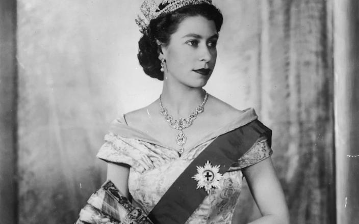 The original photograph taken in 1952 by Dorothy Wilding to mark the Queen's accession and coronation - Hulton Royals Collection
