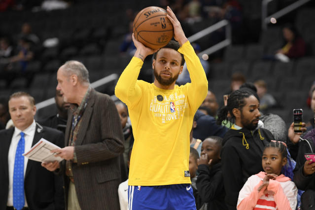 Stephen Curry is reportedly on the verge of a return to the Warriors. (AP Photo/Nick Wass)