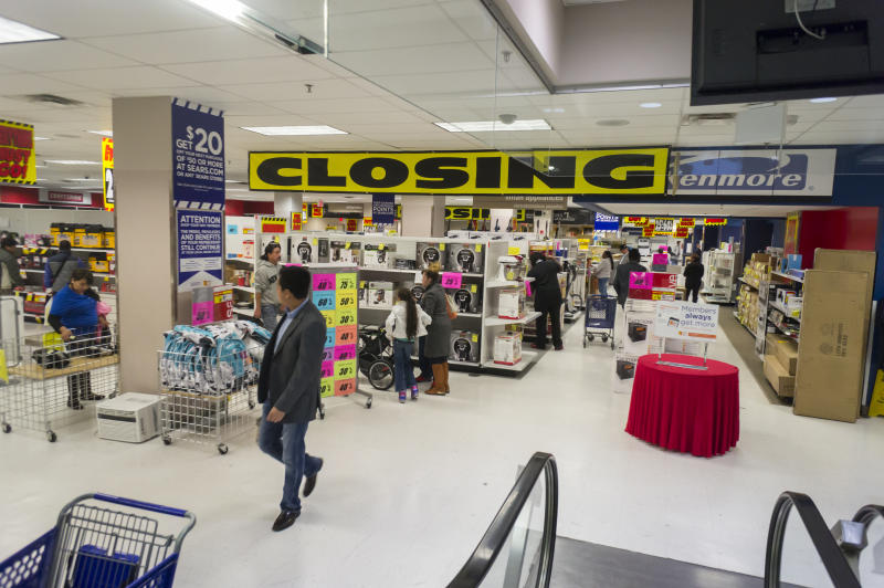 2aa63f54b Sears Is Starting 2019 by Closing 80 More Stores. Here's the Full List