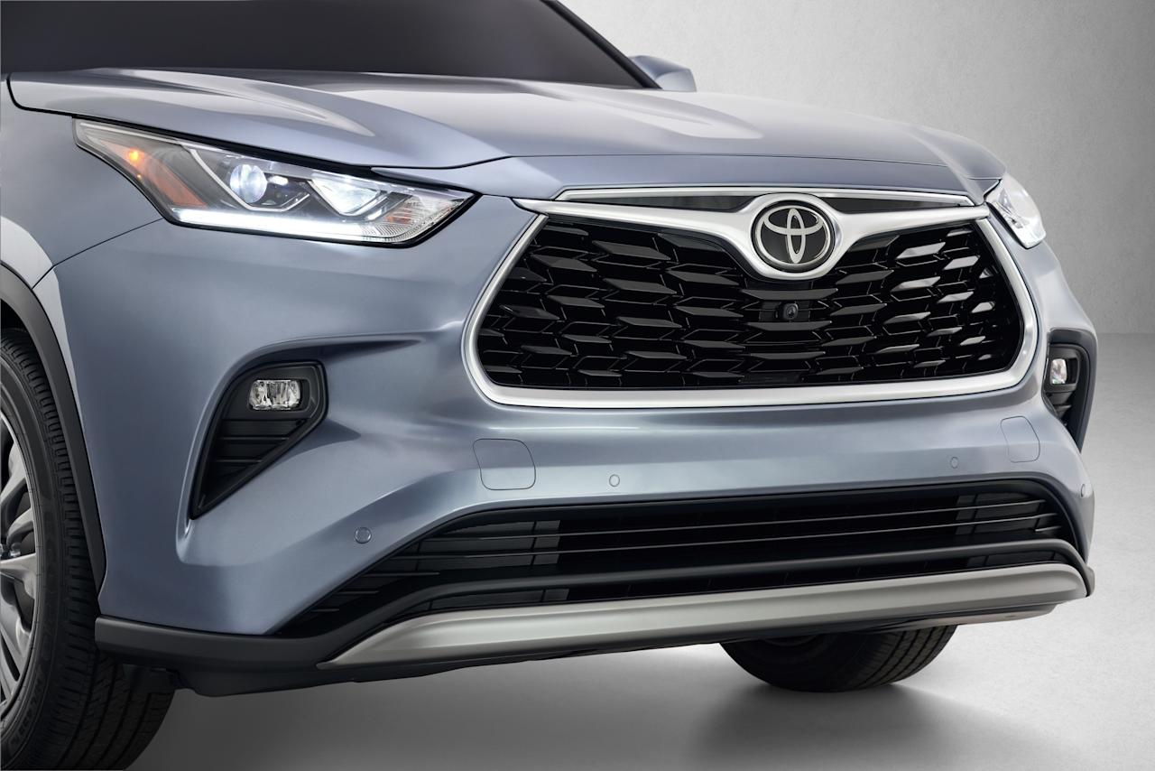 <p>Based on Toyota's New Global Architecture (TNGA-K), the fourth-generation Highlander emerges as a more sculpted and chiseled version of its former self. Still, it doesn't deviate far from the inoffensive, three-row, room-for-the-whole-family-but-not-a-minivan formula that made it such a popular model in the first place. Now, it just looks squarer in the jaw while doing it.</p>