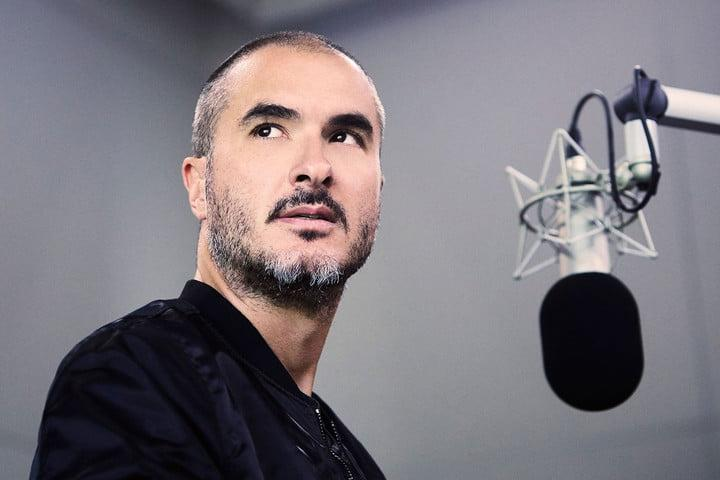 why is apple music beating spotify in us market zane lowe