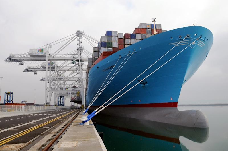 Maersk to split group into transport, energy firms