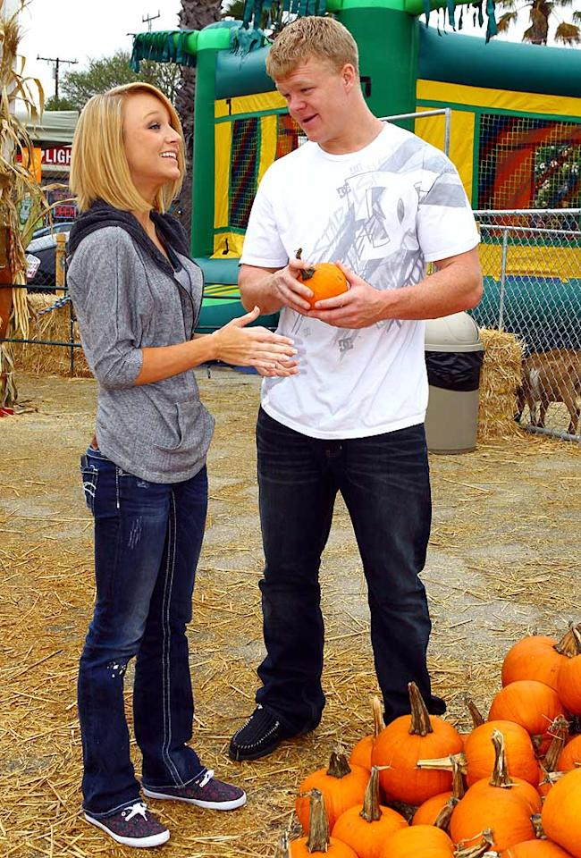 "Where's Bentley? ""Teen Mom's"" Maci Bookout and her new beau, Kyle King, shared a laugh while choosing a pumpkin, which was just the right size for her baby boy. <a href=""http://www.splashnewsonline.com"" target=""new"">Splash News</a> - October 18, 2010"
