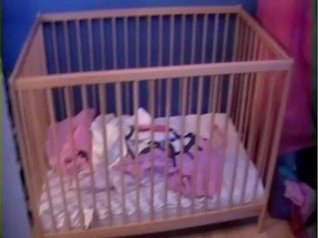 The cot where Poppi slept on December 11 and 12, 2012 (Cumbria County Council)