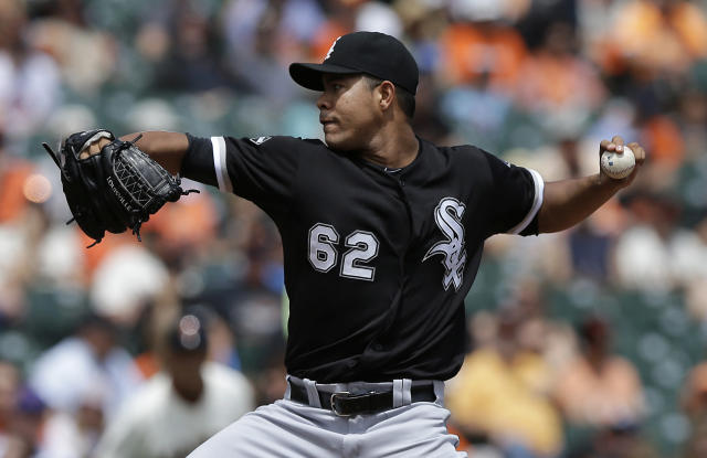 Chicago White Sox pitcher Jose Quintana (62) throws against the San Francisco Giants during the first inning of a baseball game in San Francisco, Calif., Wednesday, Aug. 13, 2014. (AP Photo/Jeff Chiu)