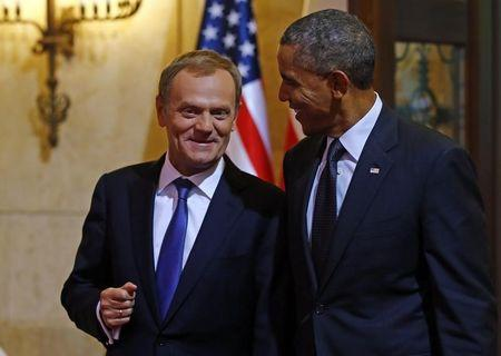 U.S. President Obama is welcomed by PM Tusk at the Prime Minister's Office in Warsaw