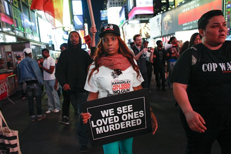 A Solidarity Baltimore rally in Times Square, New York, on April 29, 2015 (AFP Photo/Kena Betancur)