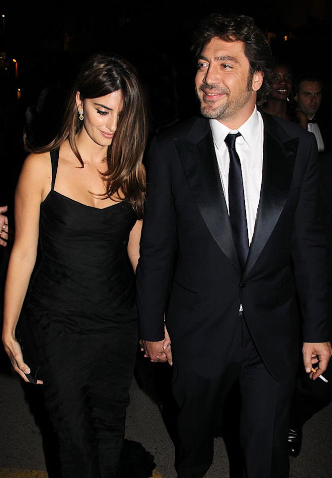 "Also lending a helping hand this week was Penelope Cruz. Together with luxury jewelry brand Chopard, Cruz auctioned off couture gowns at a Cannes charity event Wednesday to raise funds for actor/director Sean Penn's Jenkins-Penn Haitian Relief Organization. The auction raised $333,000 to aid in Haiti relief. KCSPresse/<a href=""http://www.splashnewsonline.com"" target=""new"">Splash News</a> - May 17, 2010"