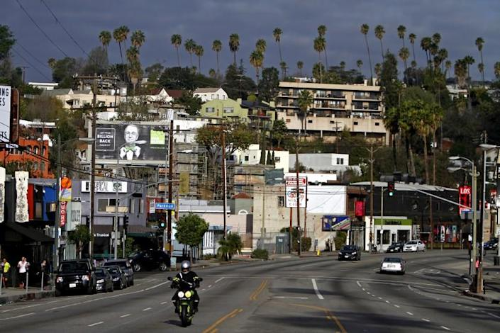 """Sunset Boulevard in Silver Lake, one of the neighborhoods of Los Angeles that attracts recently arrived New Yorkers. <span class=""""copyright"""">(Francine Orr / Los Angeles Times)</span>"""