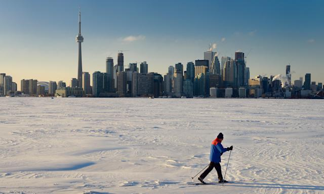 The frozen Lake Ontario with the Toronto skyline in the background. (Photo: Education Images/UIG via Getty Images)