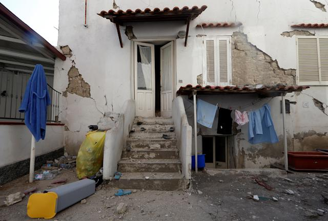 <p>A damaged house is seen after an earthquake hits the island of Ischia, off the coast of Naples, Italy, Aug. 22, 2017. (Photo: Ciro De Luca/Reuters) </p>