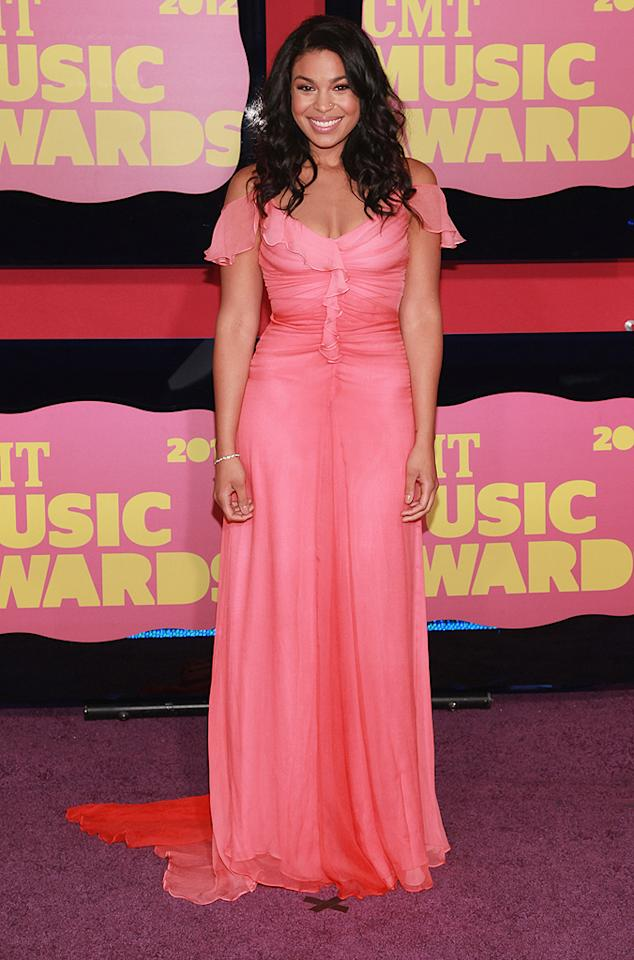Jordin Sparks showcased her newly trim physique in an off-the shoulder chiffon gown. Can you say pretty in peach?