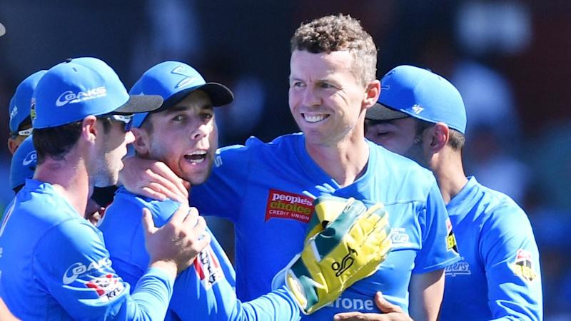 Peter Siddle celebrates another dismissal for the Adelaide Strikers in the BBL