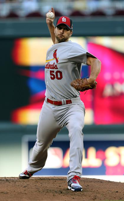 Adam Wainwright apologized for comments he made about his pitch selection vs. Derek Jeter. (AP)