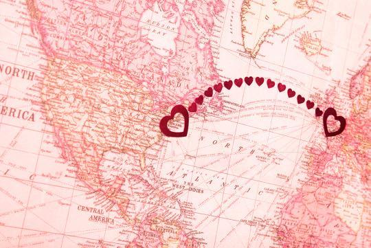 7 Issues Formerly Long-Distance Couples Face When Reuniting