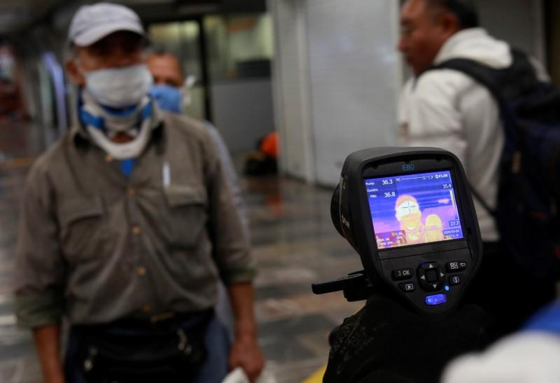 Mexico coronavirus case tally rises to 585, reports two more deaths