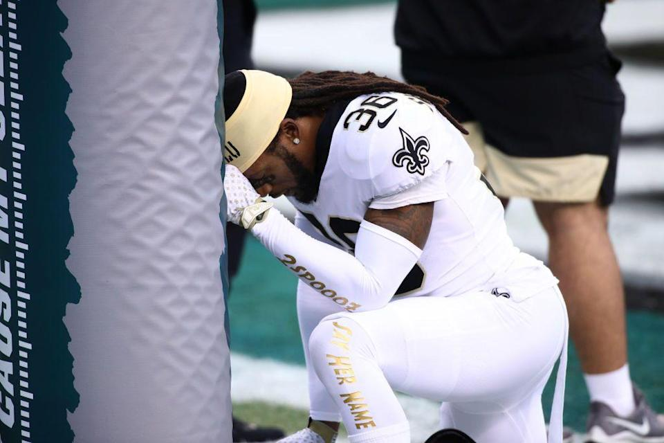 "<p>But major players (like Colin Kaepernick back in 2016) have been known to do so to make a peaceful <a href=""https://www.ajc.com/sports/football/will-nfl-players-kneel-during-national-anthem-again/51pBl8NgCLvEgTxMxZ7bRN/"" rel=""nofollow noopener"" target=""_blank"" data-ylk=""slk:political statement"" class=""link rapid-noclick-resp"">political statement</a>. </p>"