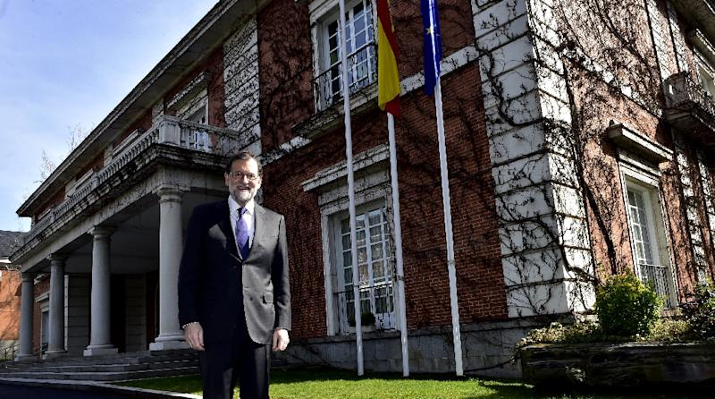 Spanish Prime Minister Mariano Rajoy hopes to see ties between Washington and Europe (AFP Photo/GERARD JULIEN)
