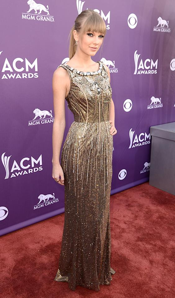 LAS VEGAS, NV - APRIL 07:  Musician Taylor Swift attends the 48th Annual Academy of Country Music Awards at the MGM Grand Garden Arena on April 7, 2013 in Las Vegas, Nevada.  (Photo by Frazer Harrison/ACMA2013/Getty Images for ACM)