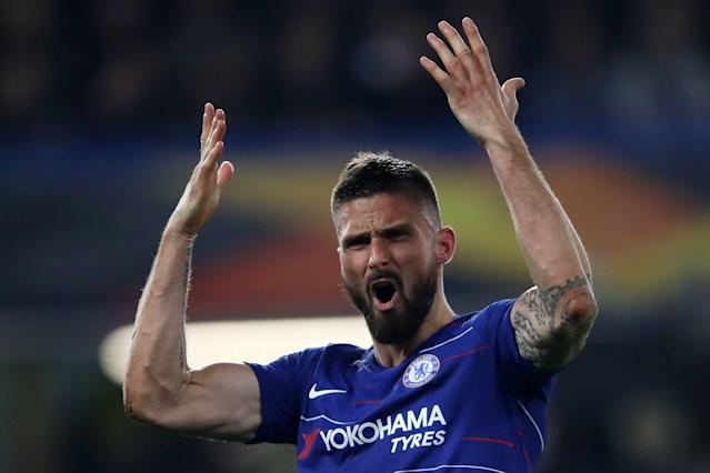 Chelsea convince Olivier Giroud to snub transfer and sign contract extension at Stamford Bridge