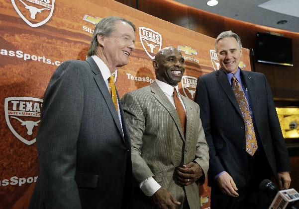 Prominent Texas donor McCombs bashes Strong hire