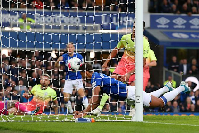 Calvert-Lewin equalises for Everton (Photo by Alex Livesey/Getty Images)