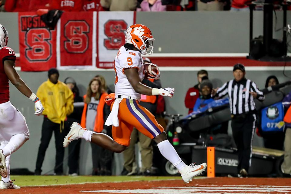 Clemson RB Travis Etienne has been on fire in recent games. (Photo by John McCreary/Icon Sportswire via Getty Images)