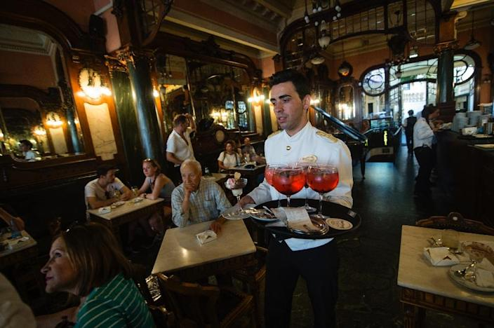 The Majestic Cafe in Porto (AFP Photo/Miguel Riopa)