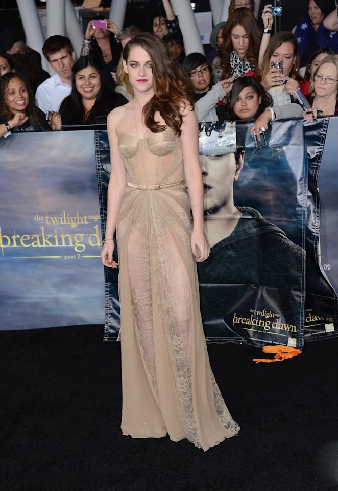 "LOS ANGELES, CA - NOVEMBER 12:  Actress Kristen Stewart arrives at the premiere of Summit Entertainment's ""The Twilight Saga: Breaking Dawn Part 2"" at Nokia Theatre L.A. Live on November 12, 2012 in Los Angeles, California.  (Photo by Michael Buckner/Getty Images)"