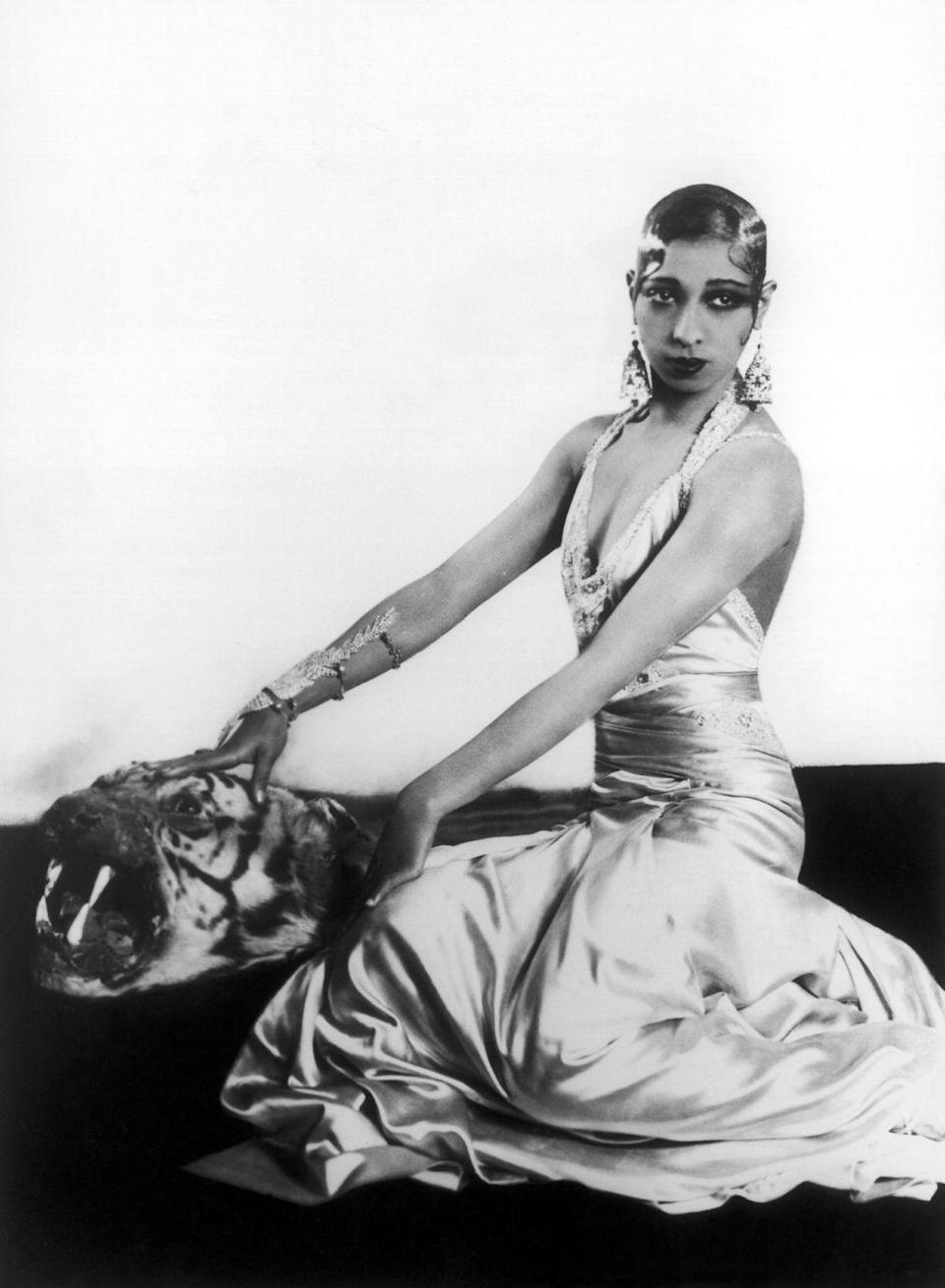 """<p>Josephine Baker sashayed onto a Paris stage during the 1920s with a comic, yet sensual appeal that took Europe by storm. Famous for barely-there dresses and no-holds-barred dance routines, her exotic beauty generated nicknames like """"Black Venus"""" and """"Creole Goddess."""" Her name was equally beloved, taking the 27 spot on the charts. The top three for boys and girls? Unsurprisingly, they held fast: John, Robert, William, Mary, Helen, and Dorothy.</p>"""