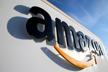 Amazon to acquire minority stake in an Indian supermarket chain operator